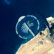 Palm tree island view from the space image of palm jebel ali. (palm jebel ali)