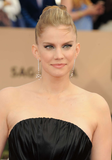 Actress, @ Anna Chlumsky - 22nd Annual Screen Actors Guild Awards in Los Angeles