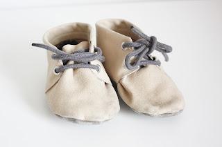 handgemaakte leren babyschoentjes