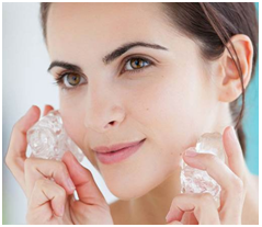 Use Ice Cube Before Applying Makeup