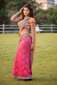 Komal Jha latest dazzling photos gallery-thumbnail-6