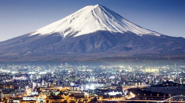 Wow, Di Gunung Fuji Bertebaran WiFi Hotspot