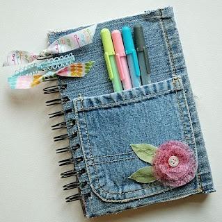 http://www.blogelian.com.br/reaproveitando-as-roupas-para-fazer-arte