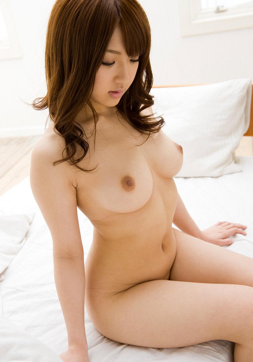 Shiori Kamisaki – How To Get Women Into Bed