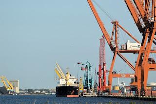 Empleo precario y salarios bajos récord exportaciones