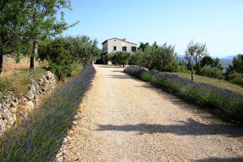 Wonen aan de c te d 39 azur te koop smaakvolle proven aalse bastide - Pergola provencaalse ...