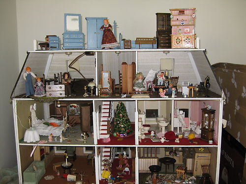 The Dollhouse Whisperer: Dollhouse #8: The Howell House ...