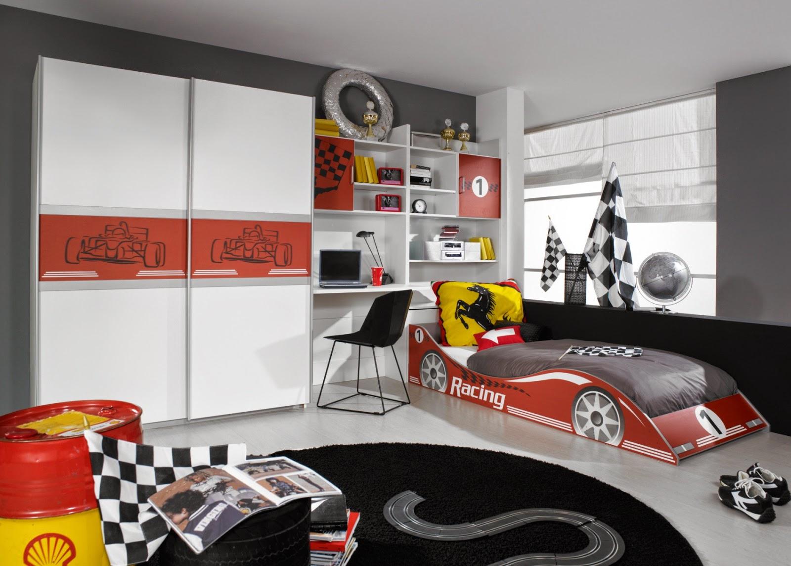 Mobilier de chambre enfant for Chambre garcon voiture de course