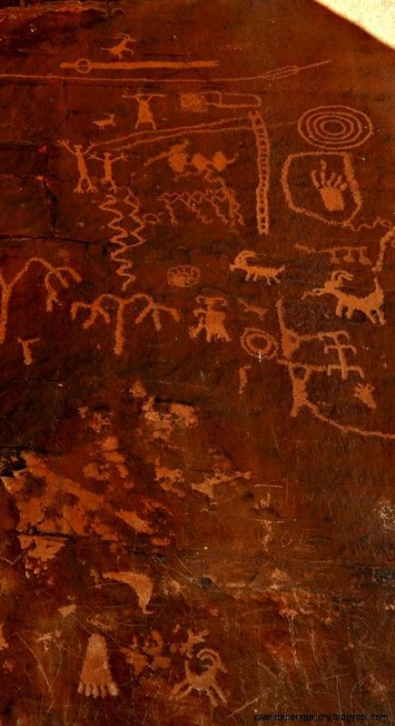 Download Wallpaper 750x1334 Cave Wall Drawings Hieroglyphs