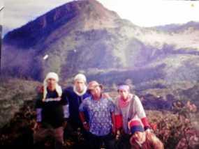 Trekking Ke Gunung Lawu Via Cemoro Kandang Jawa Tengah