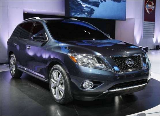 best car models all about cars 2013 nissan rogue. Black Bedroom Furniture Sets. Home Design Ideas