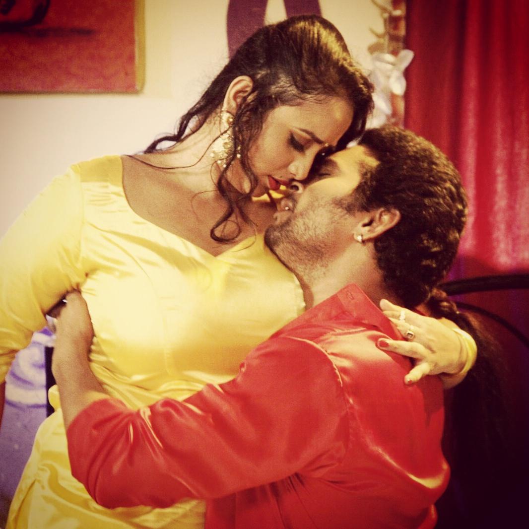Yash Mishra, Rani Chatterjee Ichhadhari Bhojpuri Movie Shooting stills, Ichhadhari Bhandar Bhojpuri Movie