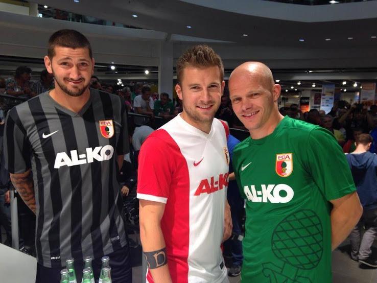 FC+Augsburg+2014-15+Shirts.jpg