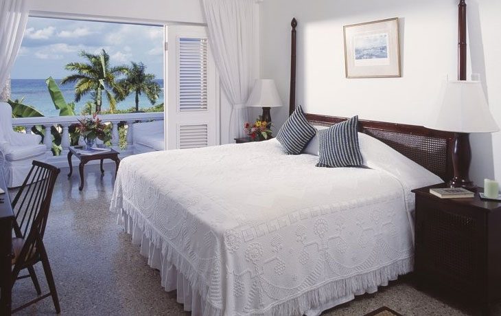 Travel 2 the caribbean blog hot summer savings in ocho for Bedroom designs in jamaica