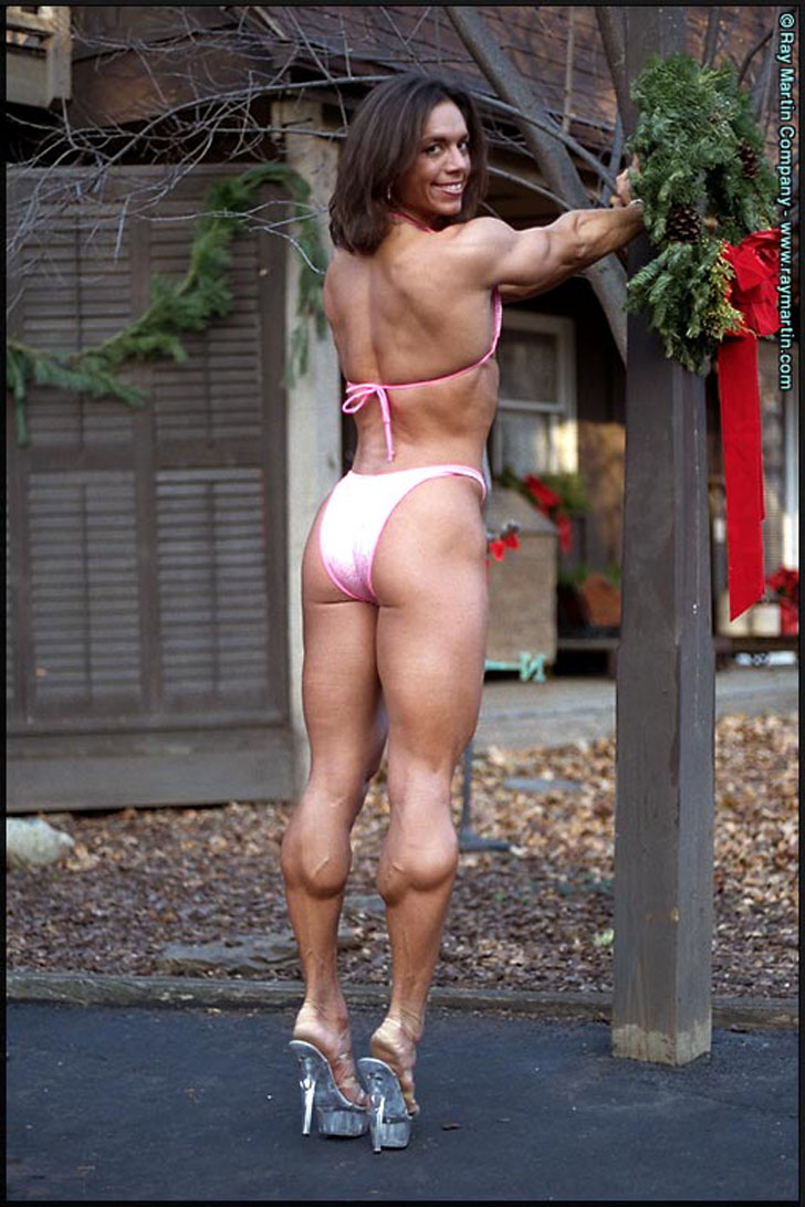 Linda McLaughlin Flexing Her Lovely Calves