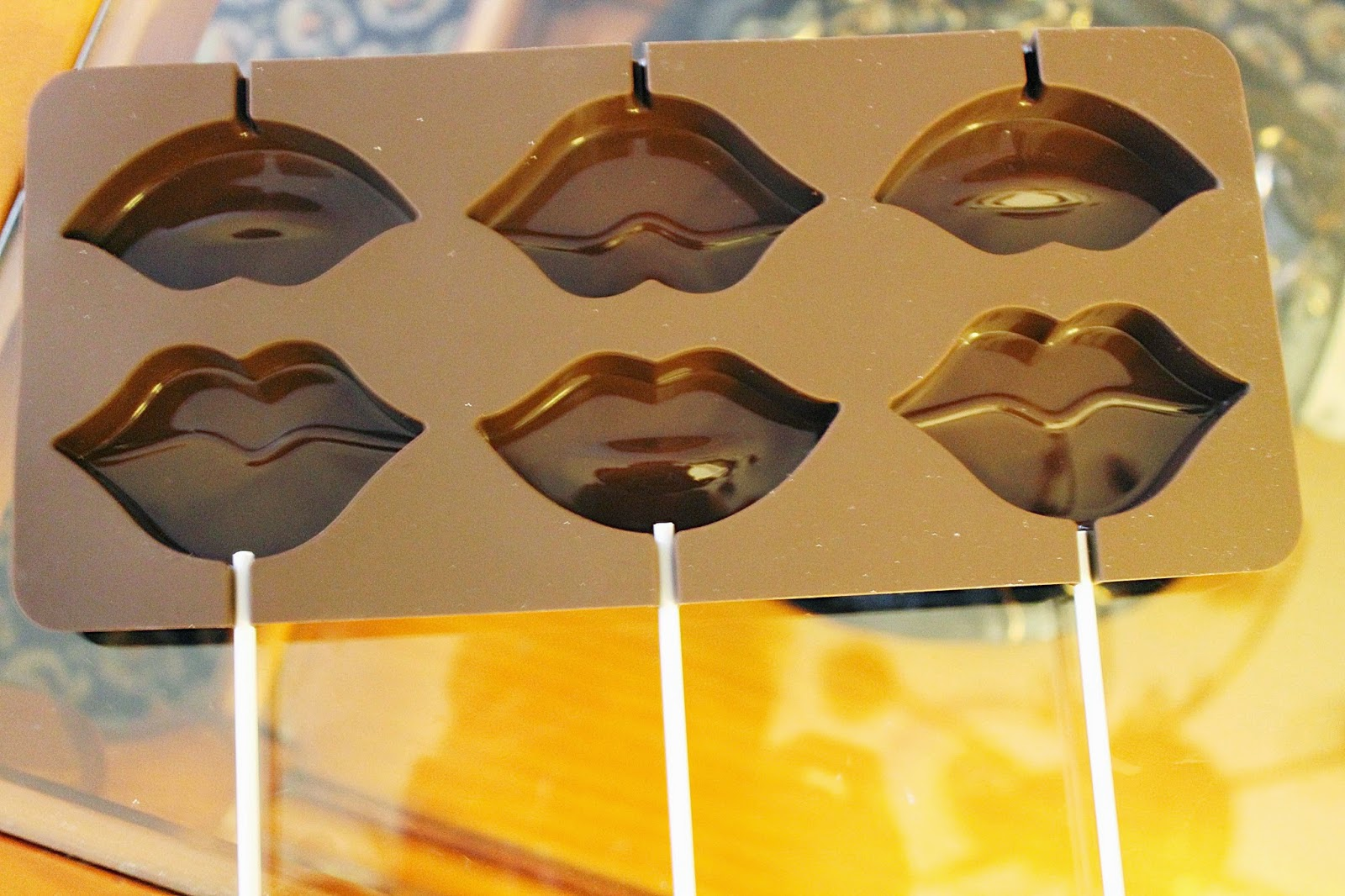 Molde choco piruletas labios