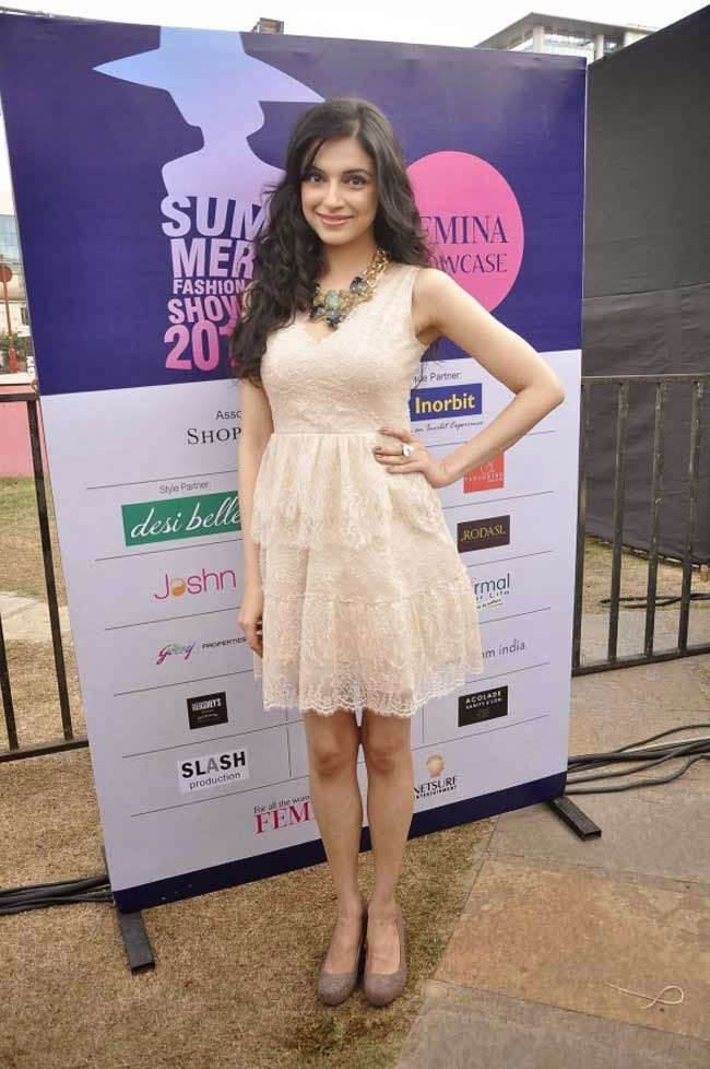 Divya Kumar Khosla at Femina Festive Showcase 2014
