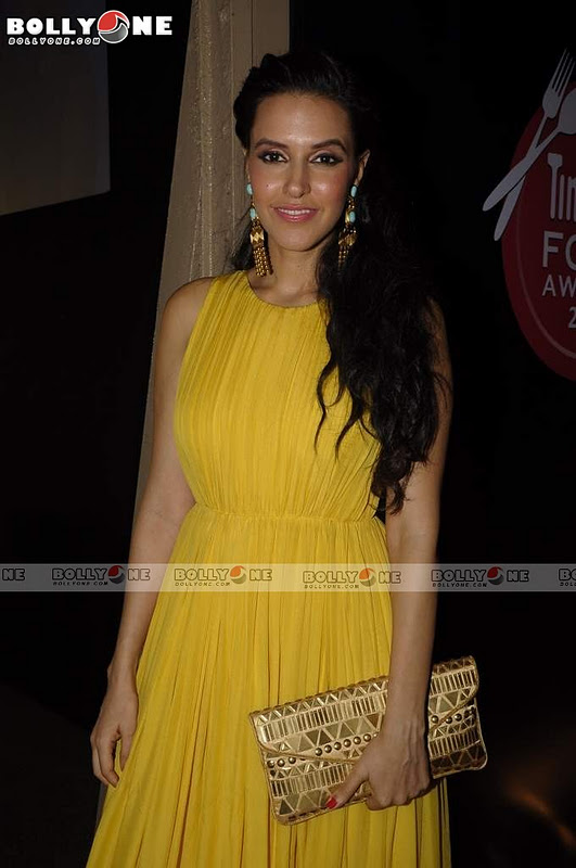 Neha Dhupia in Yellow gown at Timeout Food Awards1 - Pretty Neha Dhupia at Timeout Food Awards