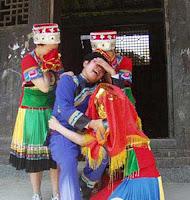 البكاء في العرس - الصين