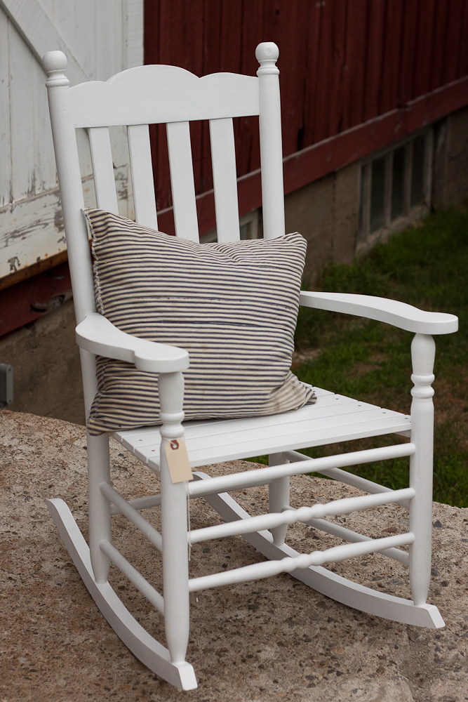 Oooooh an already painted white little rocking chair Hello my