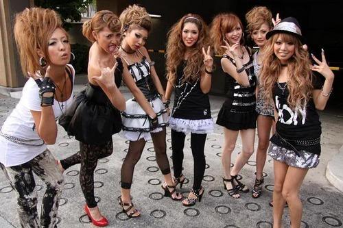 Le bangyaru ou rokku gyaru Group