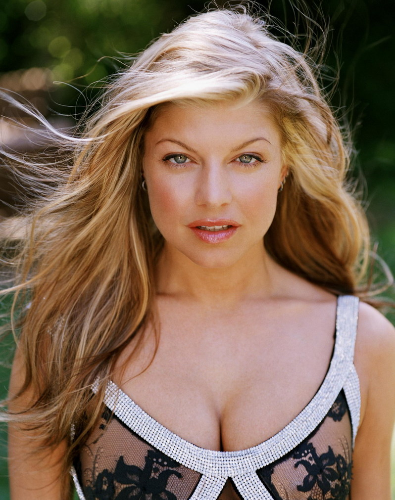 Fergie Blog , Lyric, Photos, Pictures, Nude, Music ... Fergie