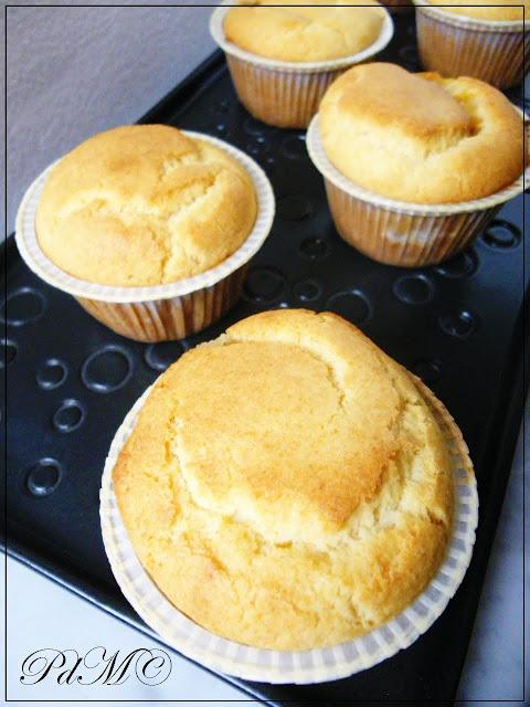 http://www.pecorelladimarzapane.com/2011/04/muffin-gluten-free-alla-marmellata-di.html