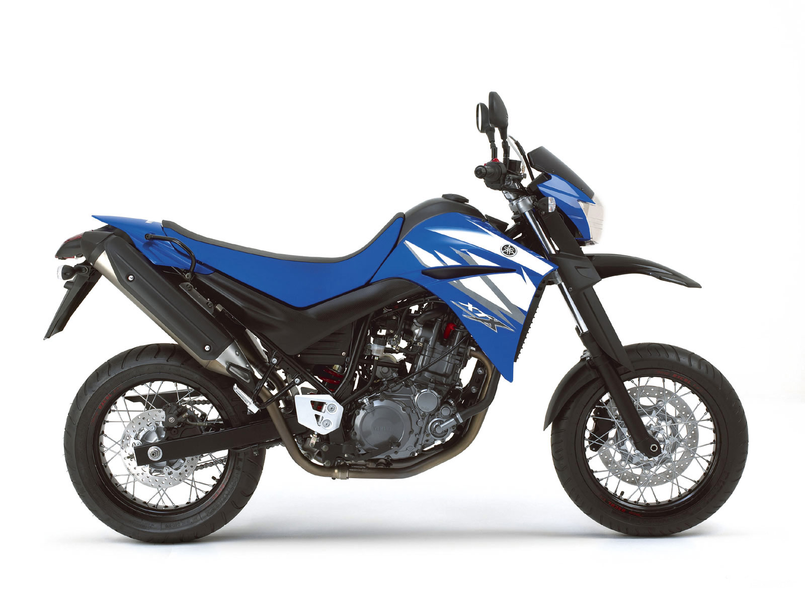 2006 yamaha xt660x motorcycle pictures specifications. Black Bedroom Furniture Sets. Home Design Ideas