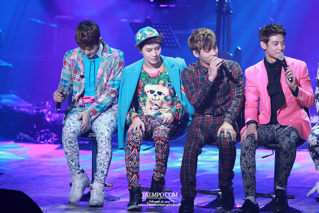 Watch SHINee on Yoo Hee Yeol's Sketchbook 130309