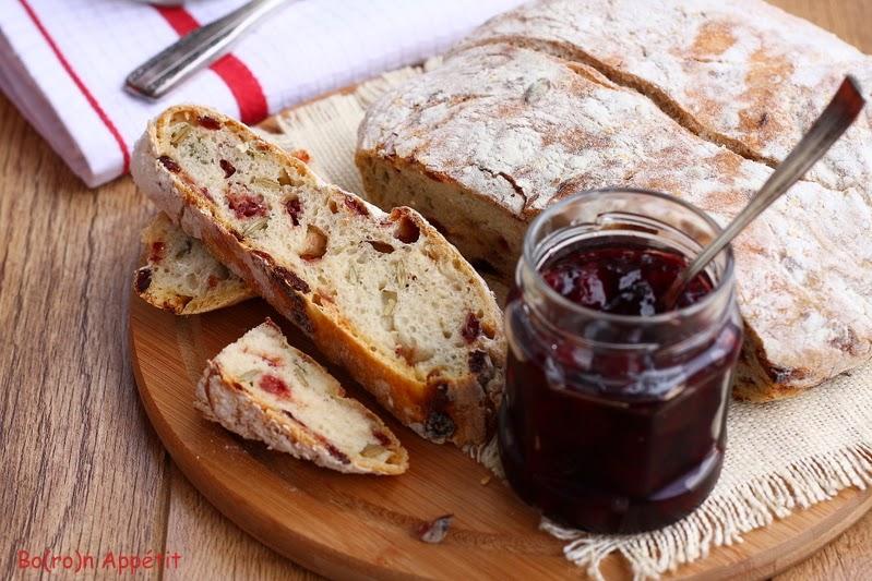 Przepis na chleb z żurawiną