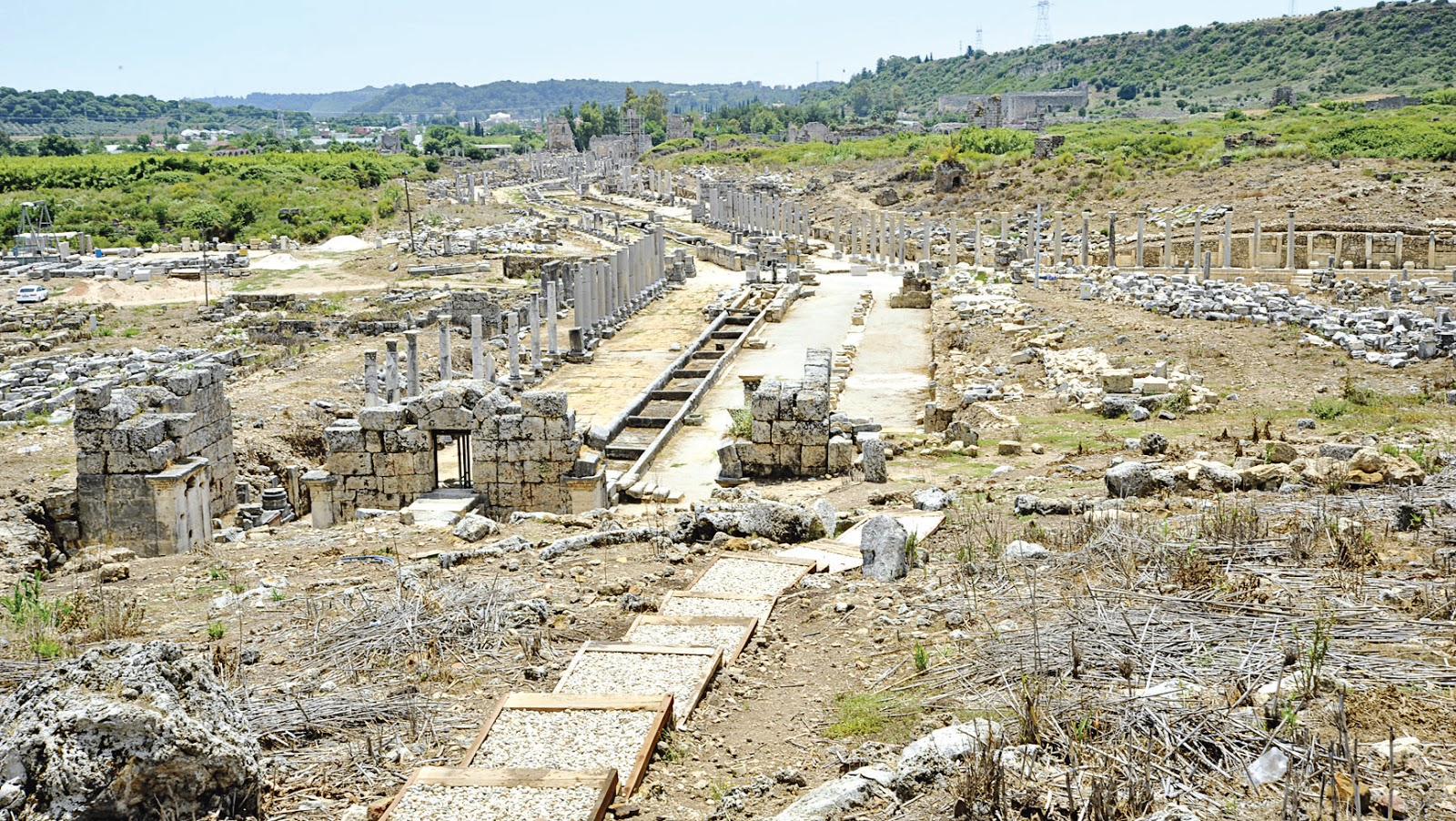Megas Alexandros: The richness of Perge once again in the limelight