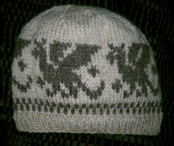 Thankful 4 Wool The Fishermans Wool Knit Dragon Hat Knitting