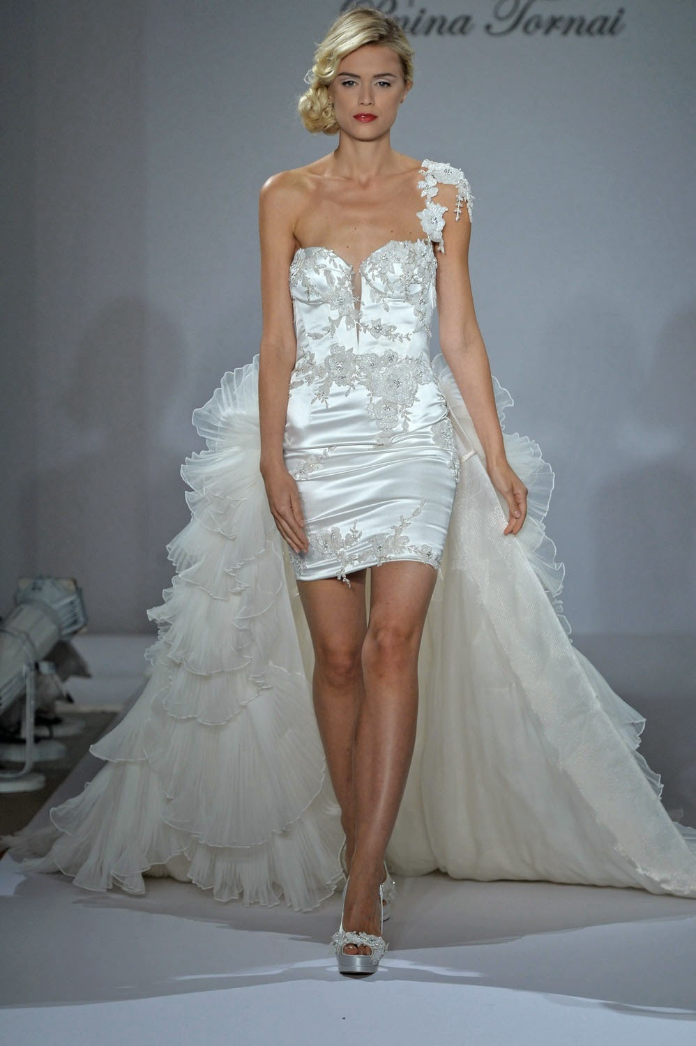 Pnina Tornai Fall 2015 Wedding Dresses  Runway. Maggie Sottero Fit And Flare Wedding Dresses. Vintage Wedding Dresses West Yorkshire. Summer's Wedding Dress The Oc. Beautiful Wedding Dresses For Older Brides. Red Mountain Church Wedding Dress Lyrics. David's Bridal Romantic Wedding Dresses. Lace Wedding Dresses With Open Back And Sleeves. Summer Wedding Reception Dresses