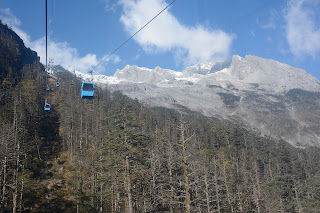 Cable car up to Jade Dragon Snow Mountain
