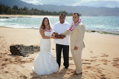 Hawaiian Officiant