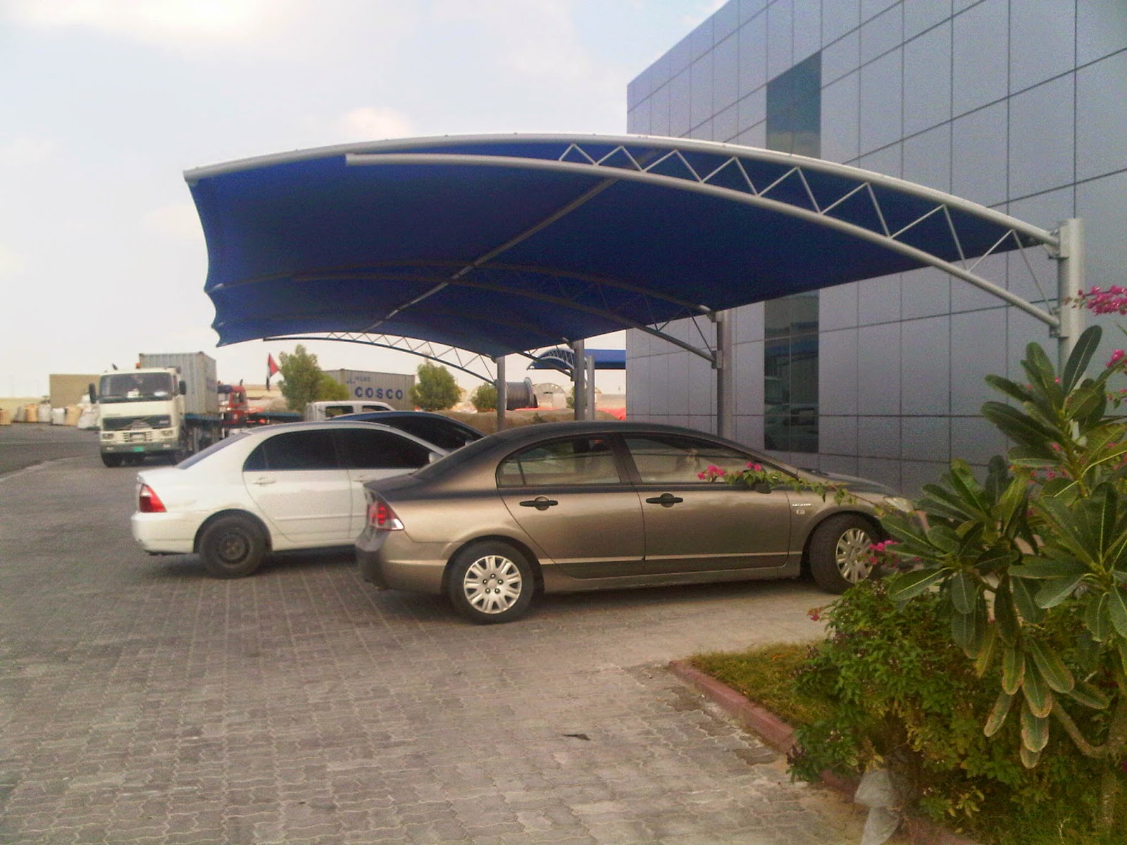 Shade Sails For Vehicles : Car parking shade uae in