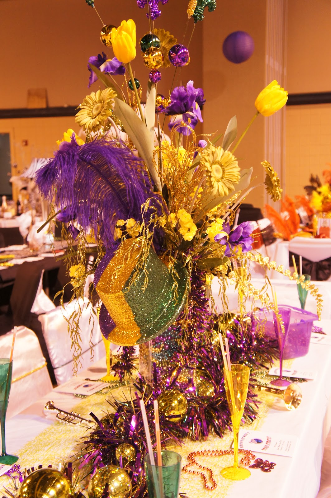 Christine 39 s home and travel adventures krewe of mer mardi for Ball decoration ideas