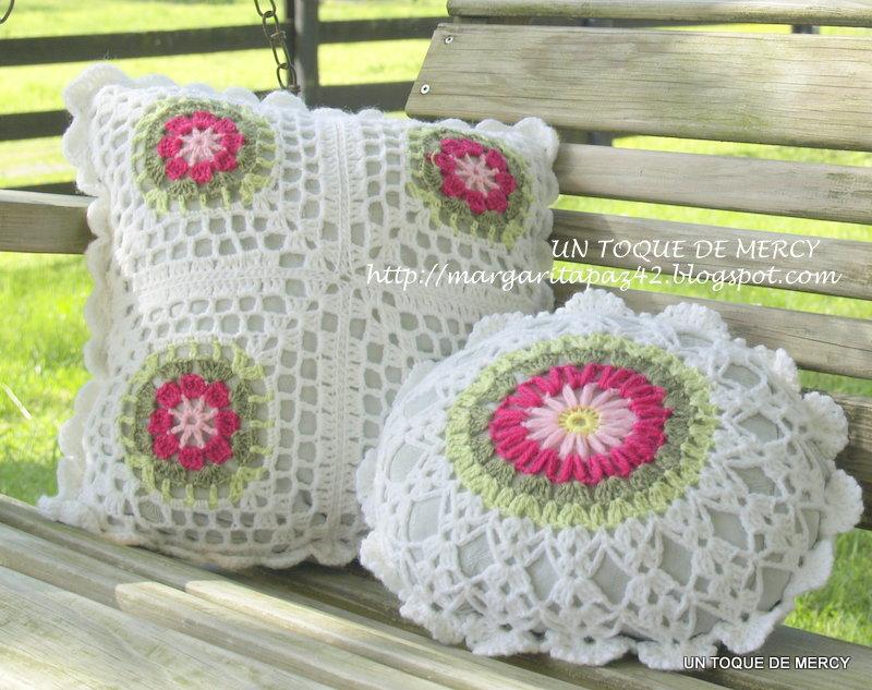 Un toque de mercy cojines de crochet dos - Cojin de crochet ...