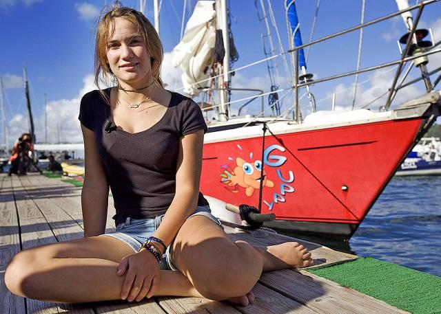 Biodata Profil Laura Dekker Pelaut Wanita Termuda