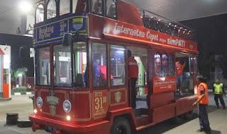 Ridwan Kamil dan Bus