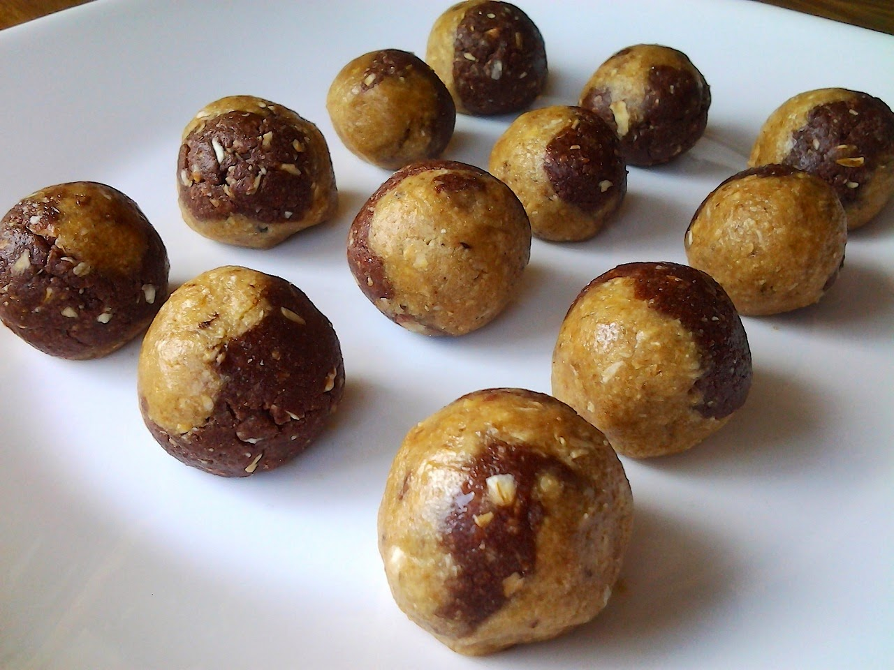 vanilla chocolate switl quest DIY protein balls recipe