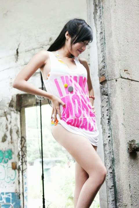 Elly Tran Ha - youthful and T-shirts