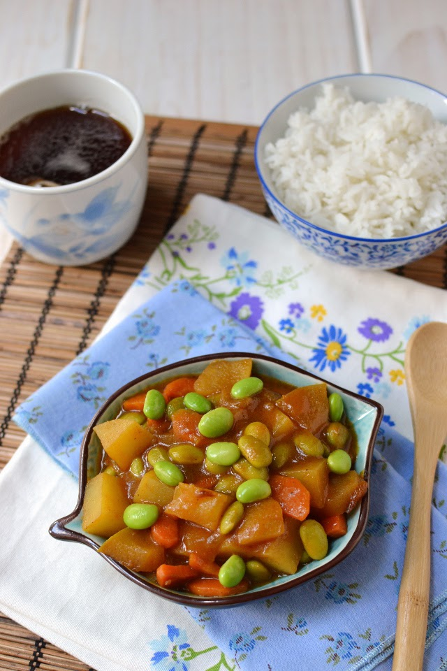 Japan - Vegetable Curry with Edamame