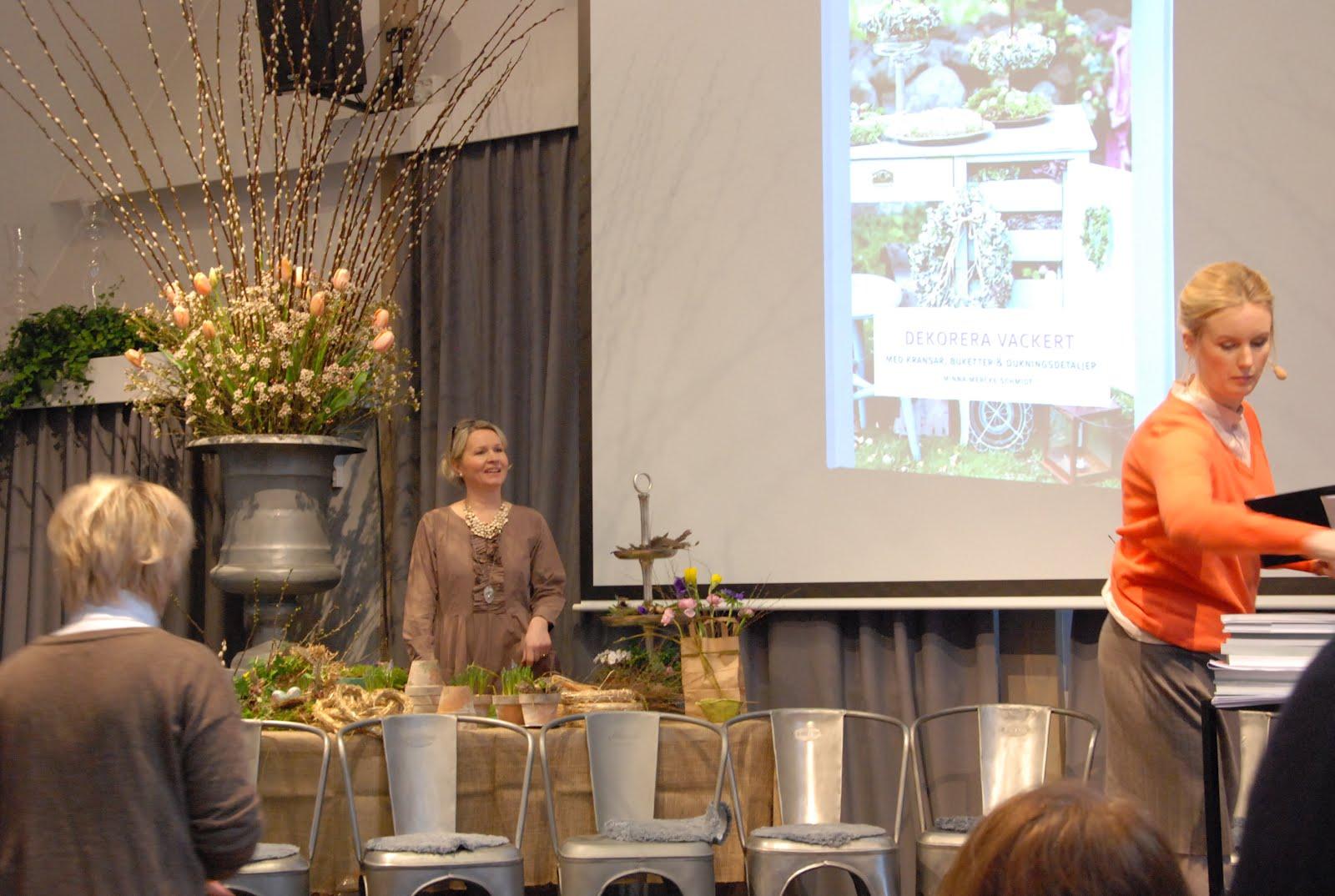Den passionerade trädgårdsturisten: Äntligen! vårens 2012 års nya ...