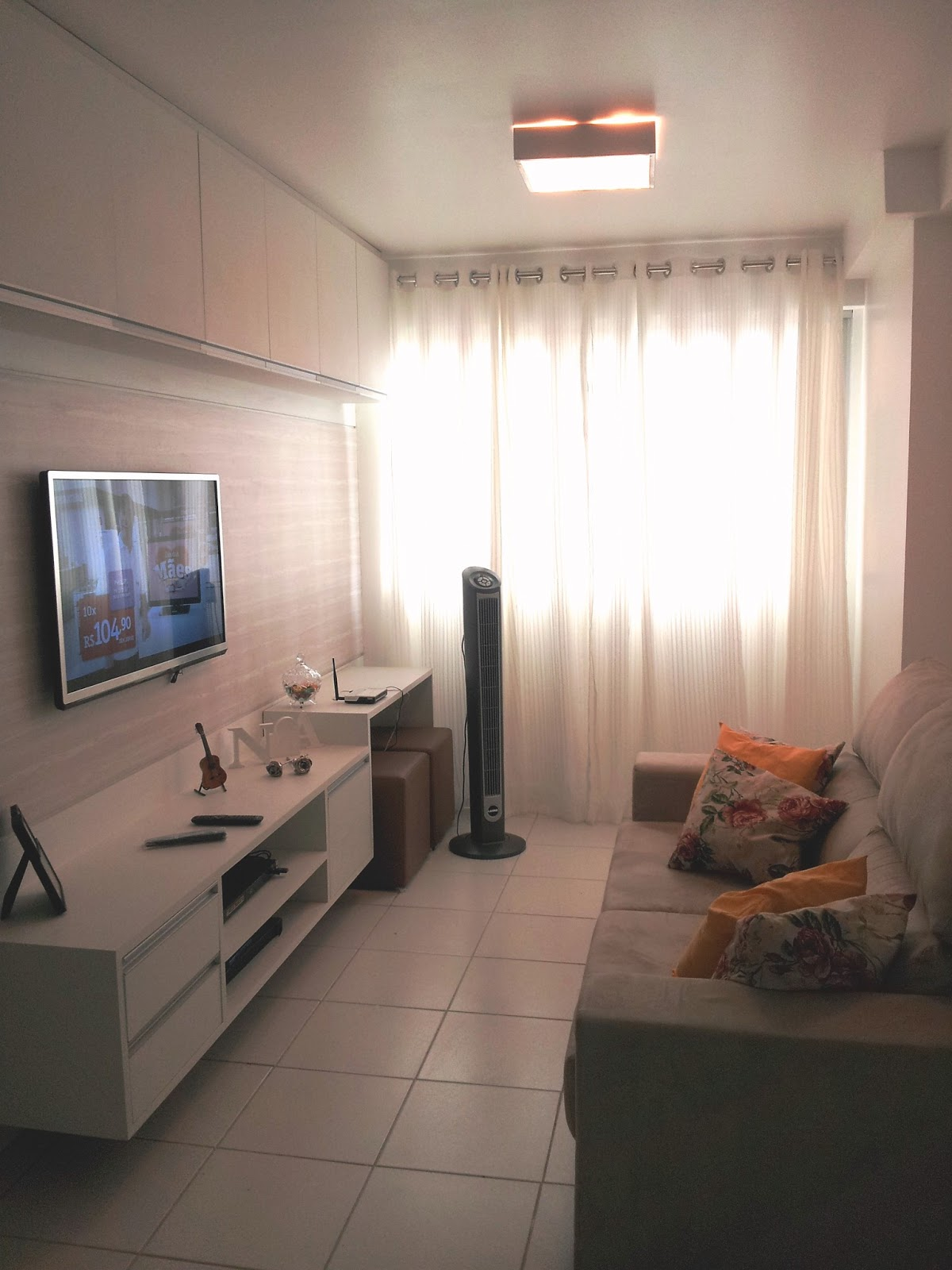 decoracao de sala longa: preço bom e uma variedade enorme de cortinas para todo gosto depois