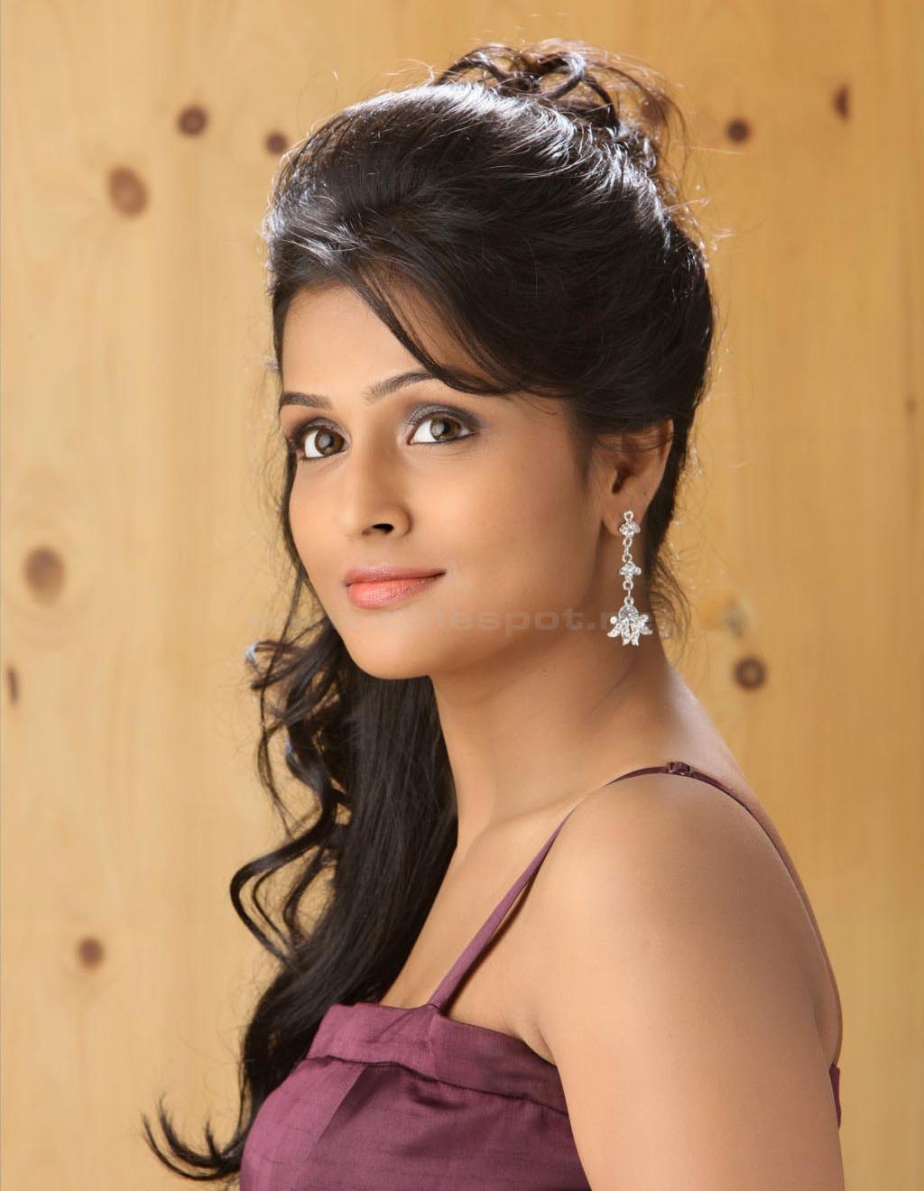 Charming topic Remya nambeesan actress porn photos
