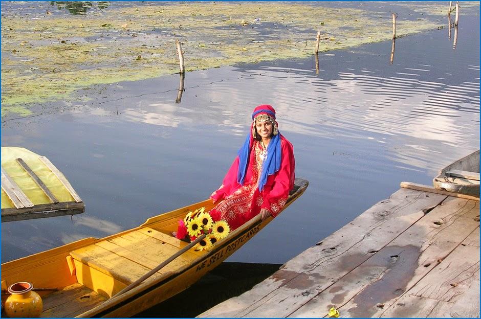 Holiday in Kashmir, vacaciones en Cachemira, Dal Lago, Nagin Lake, Srinagar vacaciones, paquetes de vacaciones a la India, Srinagar holiday