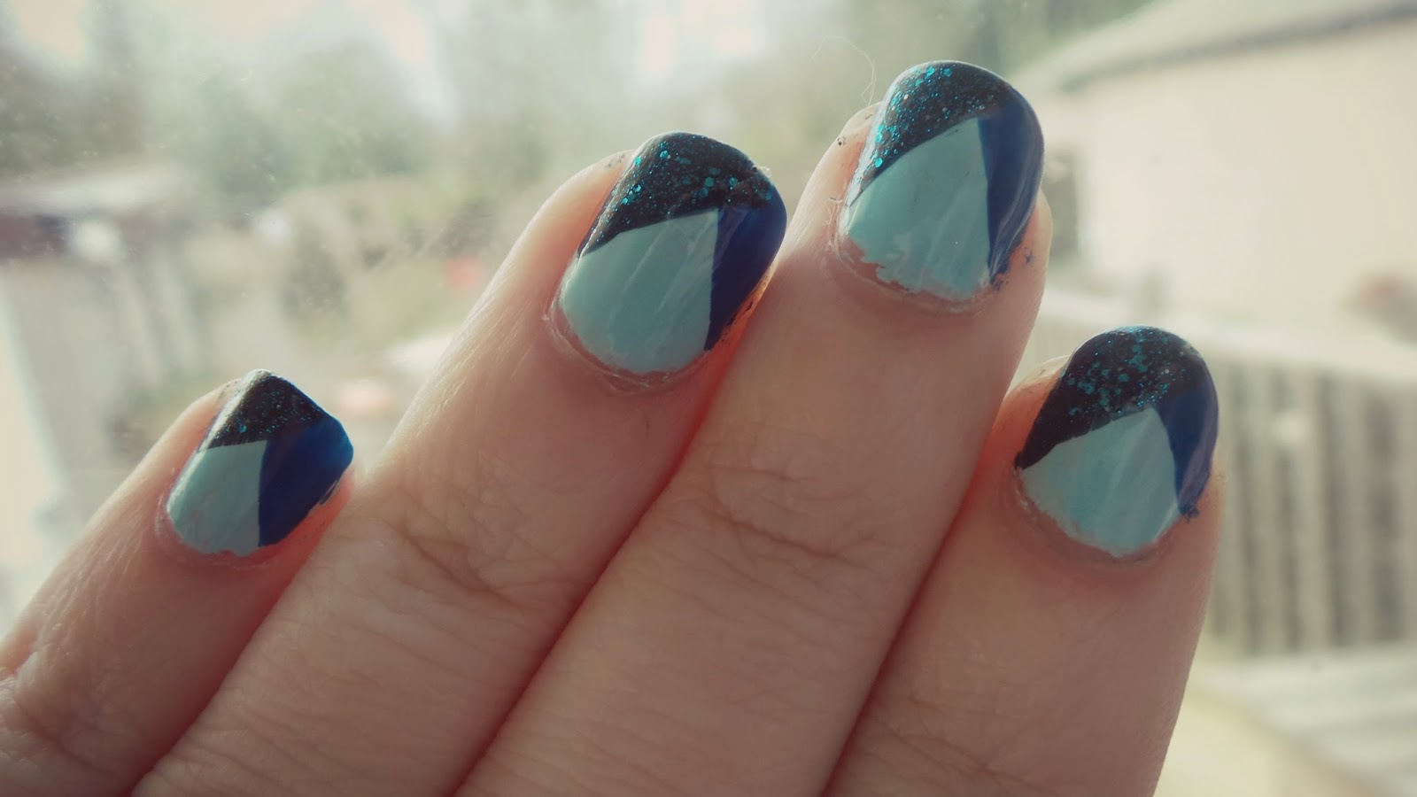 blue triangle nails