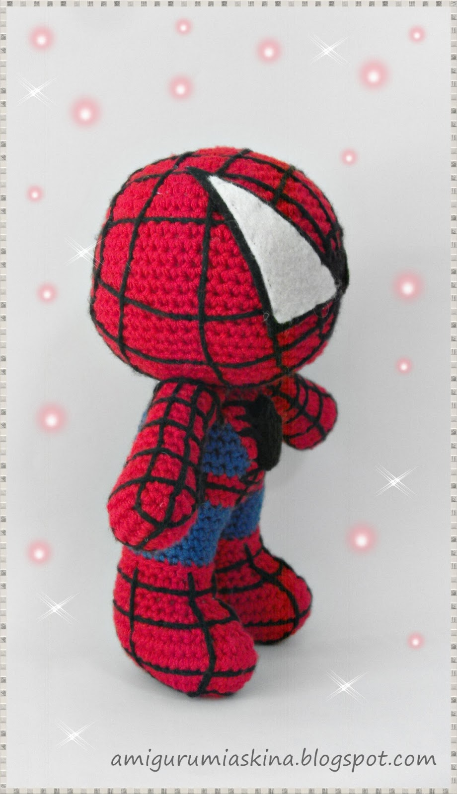 Amigurumi ?r?mcek Adam- Amigurumi Spiderman - Tiny Mini Design