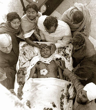 Mahatma Gandhi Death Photo